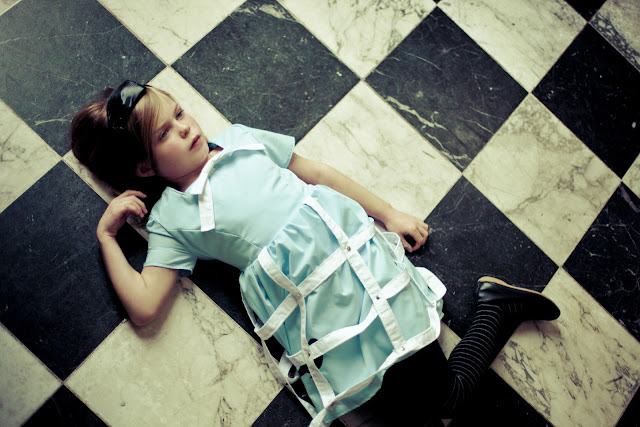 Alice in Wonderland by Kelly Is Nice Photography - www.kellyisnice.com