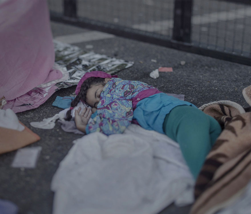 Photographer Reveals The Heartbreaking Places Syrian Refugee Children Sleep - Shehd, 7 years old