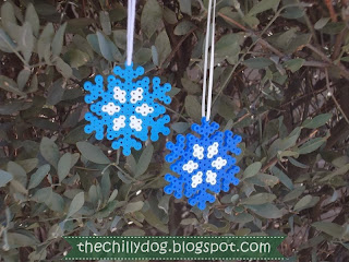 Easy Kid Craft Tutorial: How to make snowflake Christmas ornaments with Perler beads | The Chilly Dog