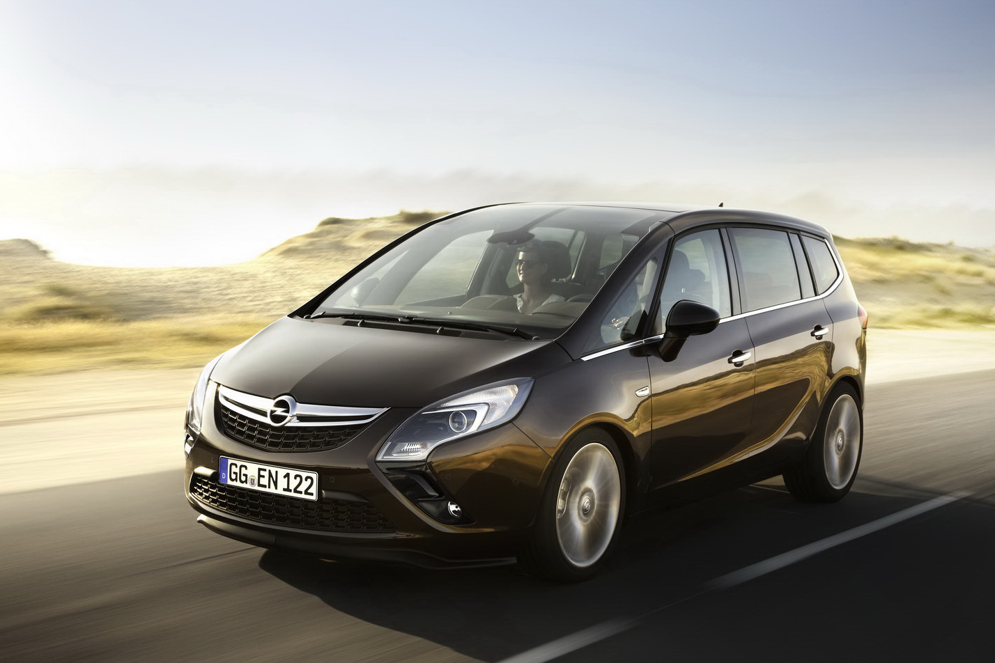 alayx wallpaper all new 2012 opel zafira 7 seater. Black Bedroom Furniture Sets. Home Design Ideas