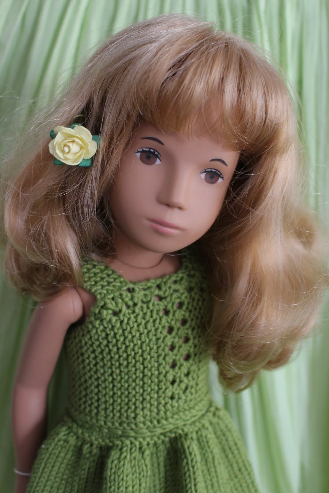 #101 Sasha Honey blonde hair Silk dress/Kvitana