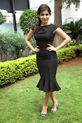 Samantha latest photos in black-thumbnail-17