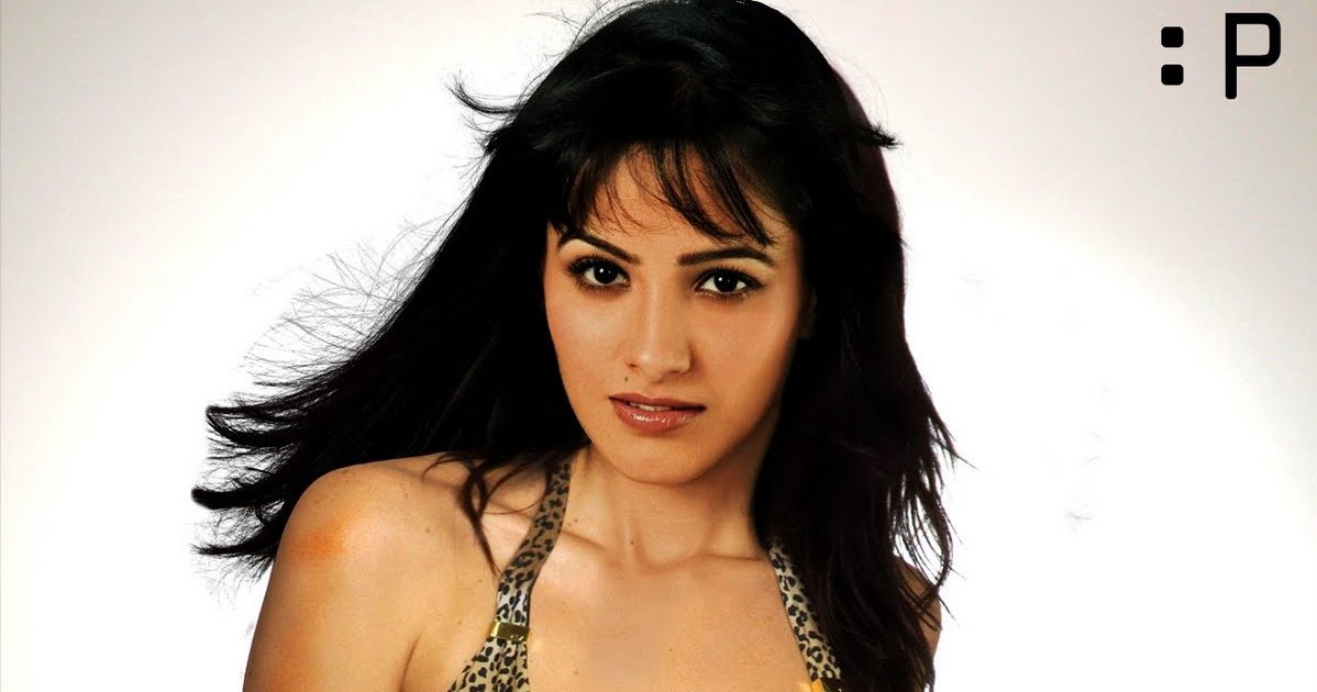 bollywood celebrity amp gossip anita hassanandani breast