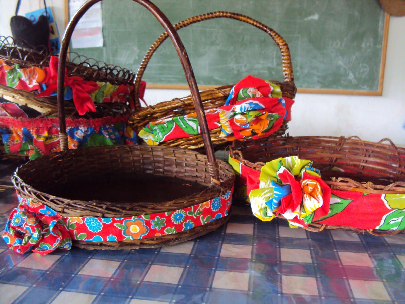 Ateliê das Oliveiras Festa Junina  Cestos e cestas enfeitados