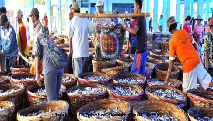 Pemerintah Salurkan Bantuan Untuk Nelayan Kotabaru