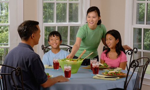 4 Reasons for Family Meals