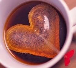 http://www.aprenderahacer.com/bolsas-de-te-en-forma-de-corazon/