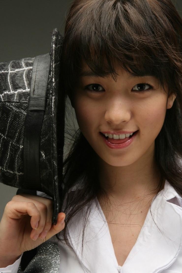 Han Hyo Joo - Images Gallery