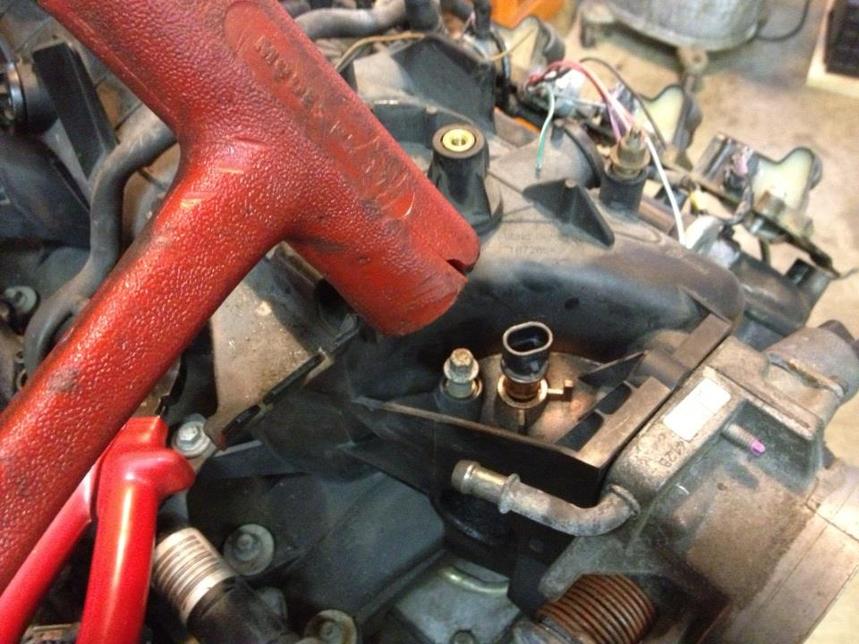 Sloppy Mechanics: how to install a IAT sensor in the truck intake