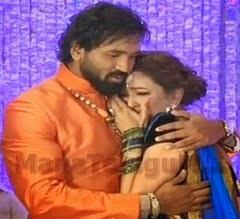 Manchu Lakshmi cries at Manchu Manoj's Engagement