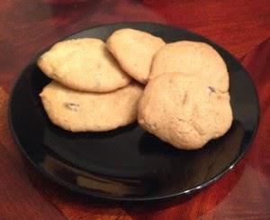 http://lisashiroff.com/chocolate-chip-baileys-cookies/