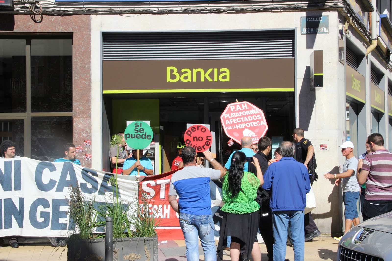 Torrelavega cruce de caminos torrelavega bankia for Bankia oficina por internet