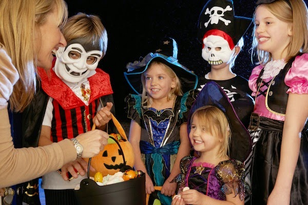 No Tricks, All Treats: Halloween Trick-or-Treating Safety Tips