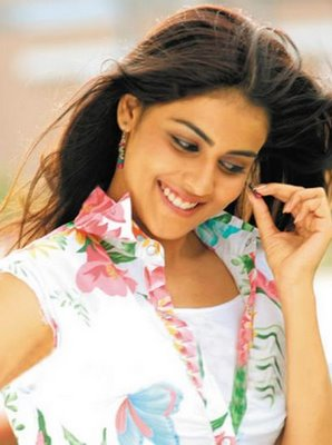 BOGO NEWS: Genelia D'souza Wallpapers