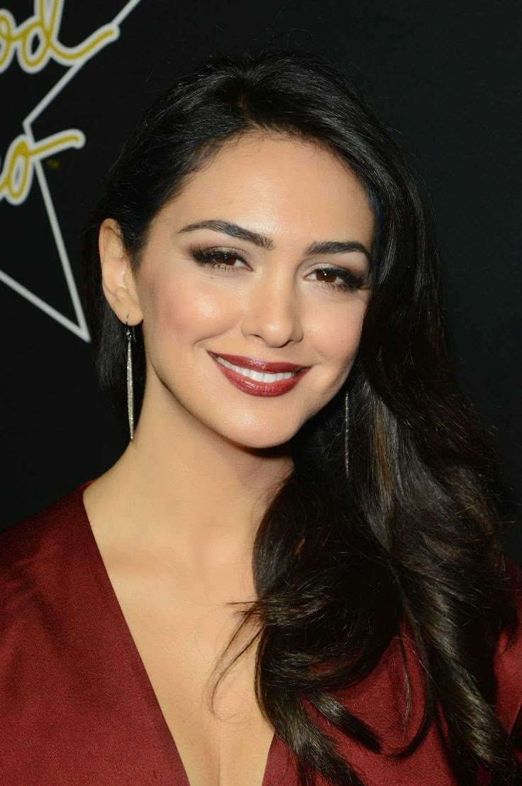 Nazanin Boniadi Nude Photos 82
