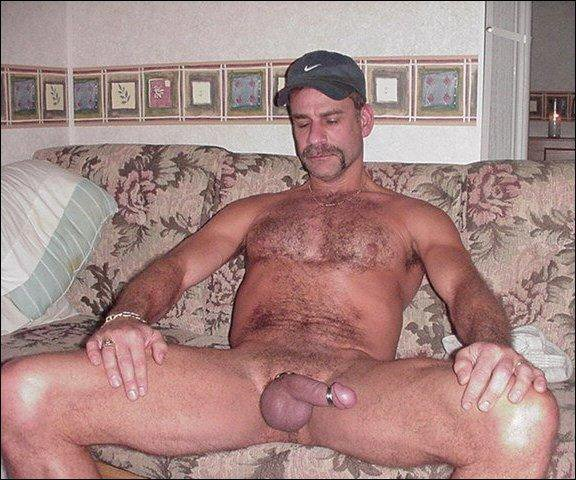 http://3.bp.blogspot.com/-3sbmRJIwG_A/ToRduOJoKNI/AAAAAAAAa_w/vmgHxjMuVxM/s1600/Daddy%2Bwith%2Bcock%2Band%2Bpenis%2Brings2.jpg