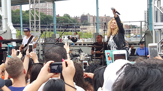 Tori Kelly Performance at Mets Jam