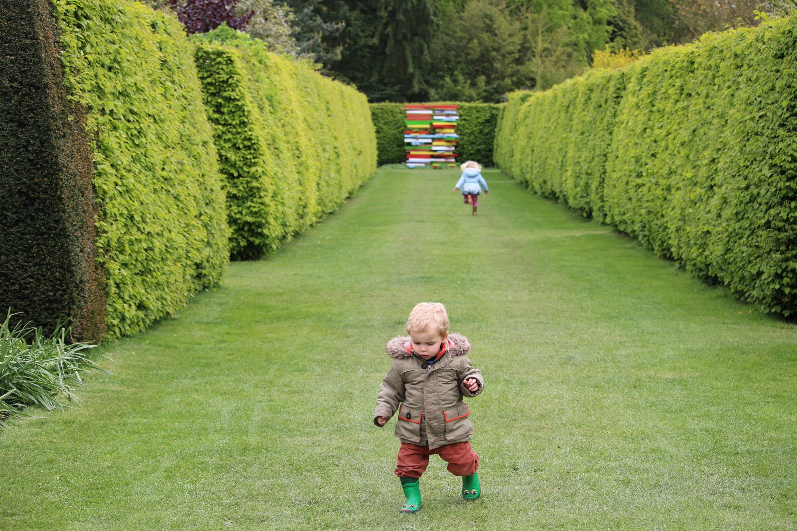 Eight Free And Really Cheap Places To Take Young Kids Near