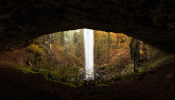 Waterfall That Lookslike an Eye - Oregon