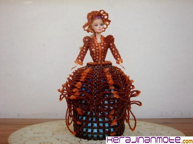 Kerajinan Tangan Tempat Tissue Barbie dan Spongebob Mote atau Mute Acrylic