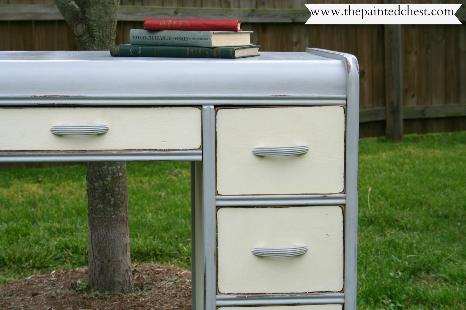 The Painted Chest Waterfall dressing table & Annie Sloan
