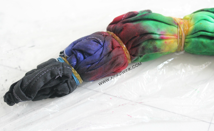 DIY: Rainbow colored tie dye shirt