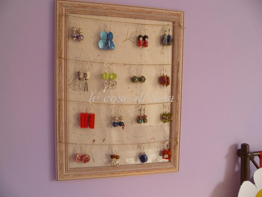 Le cose di sisa tutto a posto e niente in ordine - Porta collane e orecchini ...