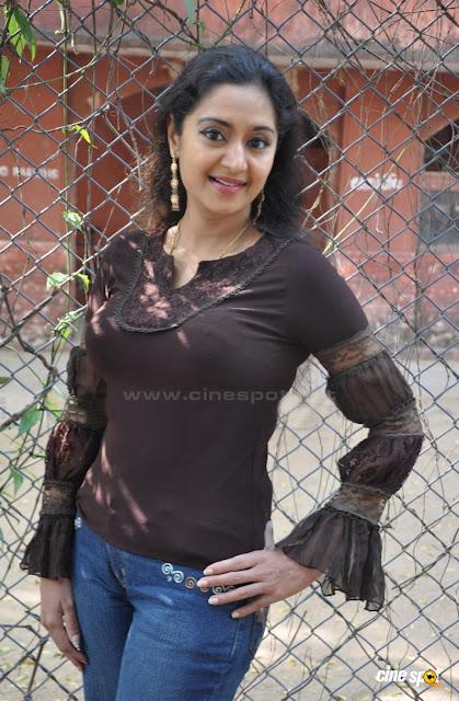 old malayalam actres Hot Sexy charmila pic