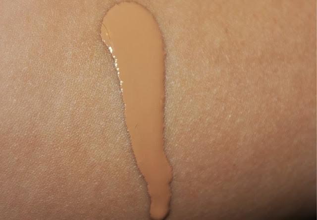 L'Oreal Nude Magique Eau de Teint Foundation