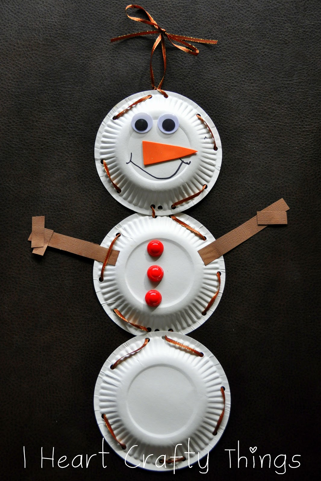 & Paper Plate Snowman with Lacing Practice | I Heart Crafty Things