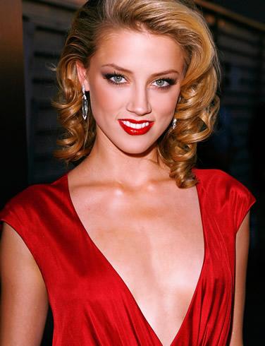 Actress Amber Heard Wallpaper-800x600
