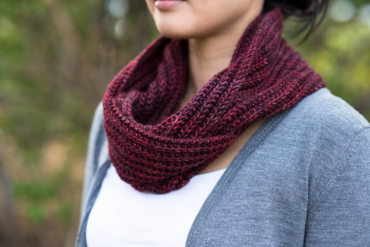 Free Cowl Knitting Patterns For Beginners : KNITTING THE BARBARA COWL - FREE PATTERN!!   VERY SHANNON