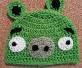 http://translate.googleusercontent.com/translate_c?depth=1&hl=es&prev=search&rurl=translate.google.es&sl=en&u=http://crafterchick.com/angry-birds-minion-green-pig-character-hat-crochet-pattern/&usg=ALkJrhj9j7THs-3we3F58RgysW3ljQXvWw