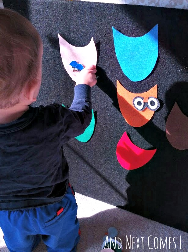 Making owls on the felt board from And Next Comes L
