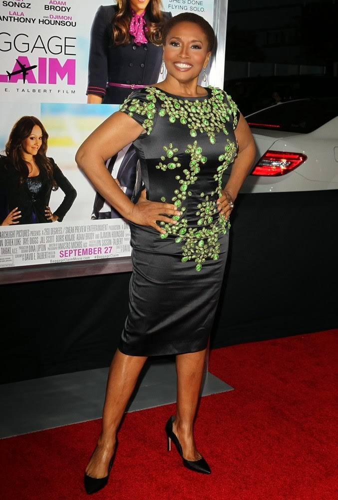 Jenifer Lewis' Short & Sassy Hair and Attitude ...