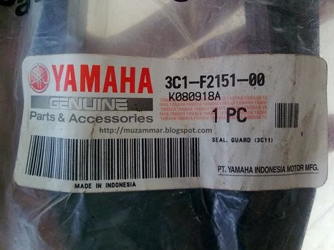 Setelah 3 bulan akhirnya seal swing arm Yamaha New Vixion Lightning datang juga . . .
