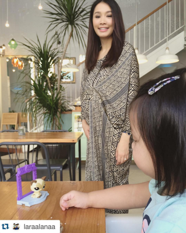 Mengejutkan! Gambar Terkini Scha Alyahya Dengan Baby Bump Tersangat Comel