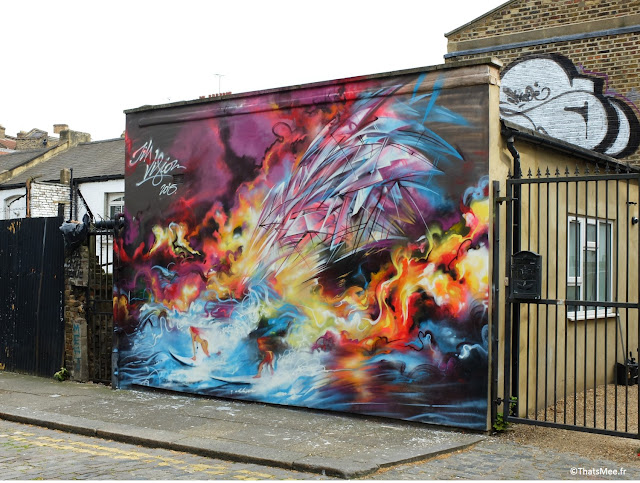 street art Jim Vision Londres east London Shoreditch space sur bateau mer femmes