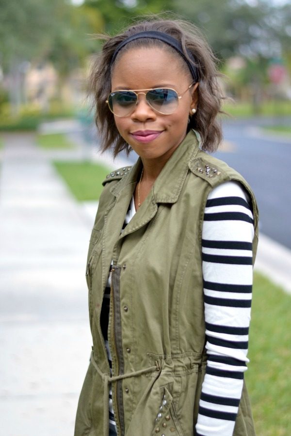 Layering a Military Vest   Fall Outfit Ideas