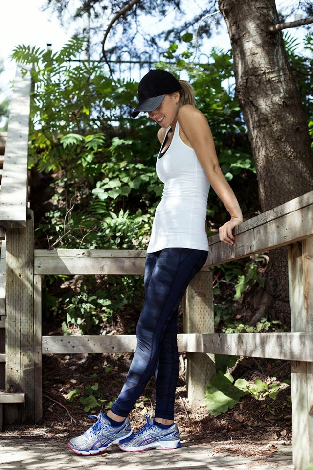 lululemon-drop-it-like-it's-hot-pant