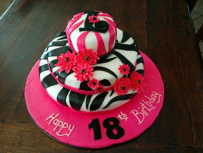 Aimeejo Desserts Lynsies 18th Birthday Cake