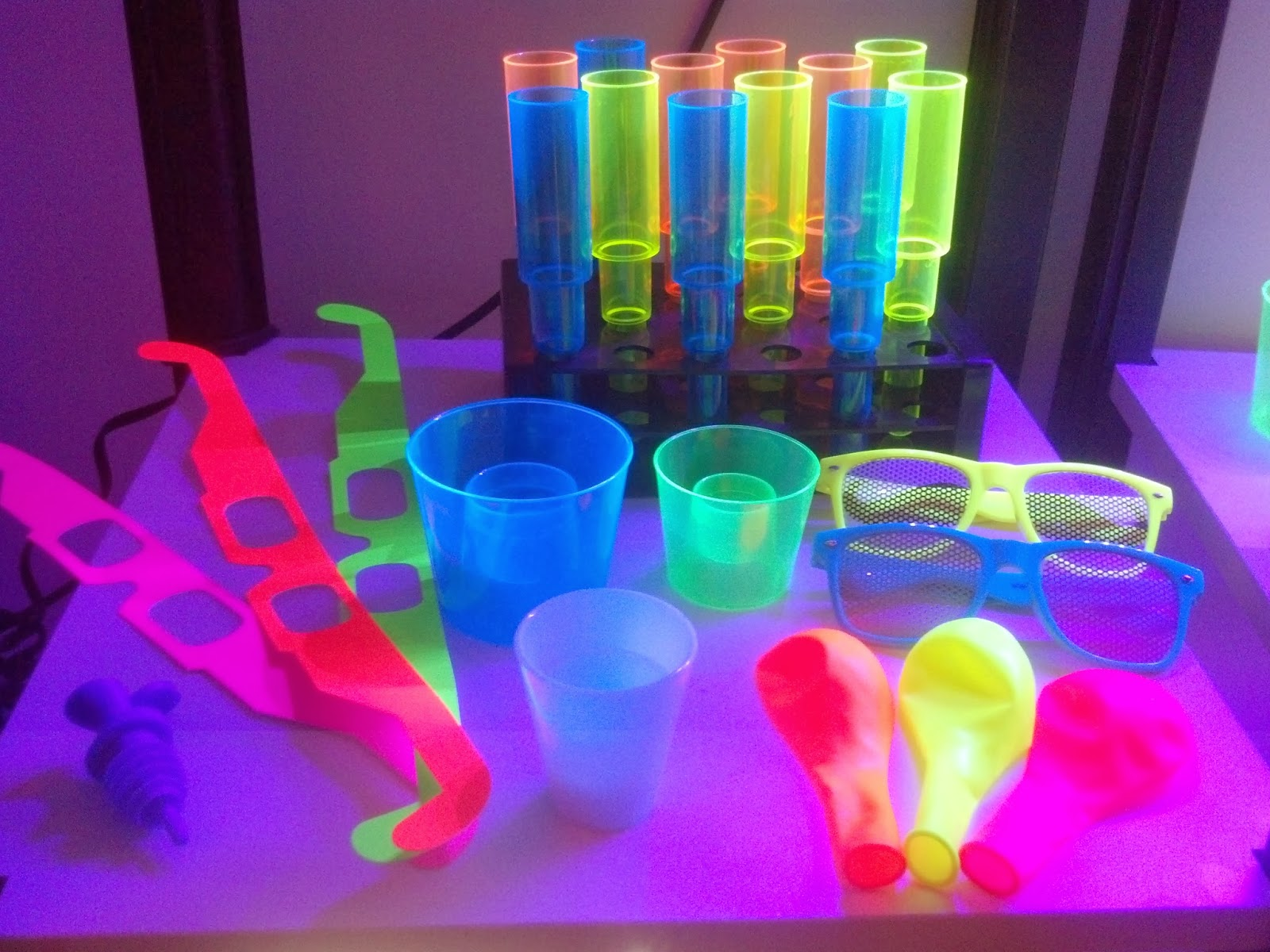 UV Reactive NEON GLOW Bar Supplies and Bar Products in ...