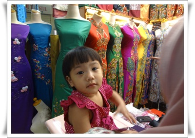 http://www.khairunnisahamdan.com/2013/09/trip-to-jakarta-pusat-membeli-belah.html
