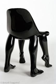http://3.bp.blogspot.com/-3v6tGaFTRvU/TbCgLchwC3I/AAAAAAAACWk/r5-hw1T7-9o/s320/sleek-funky-and-weird-chair-designs01.jpg