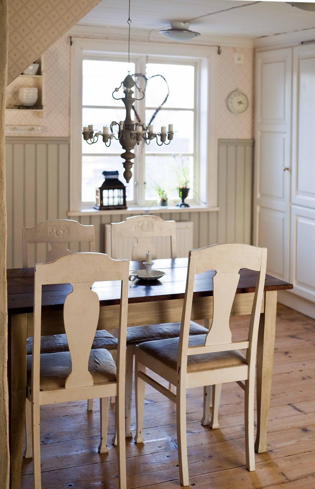 I mitt paradis: Äppelgröna stolar säljes!