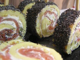 Dulcesbtrix-Rollo de tortilla con salmón