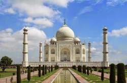 Misteri Tersembunyi di Taj Mahal