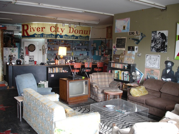 Entryway Roy On The Stage Kitchen Living Room In Roys Bedroom