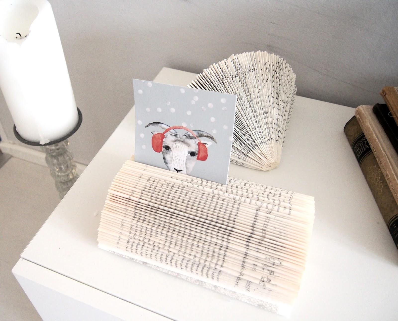 joulukortit kirjaviuhkassa