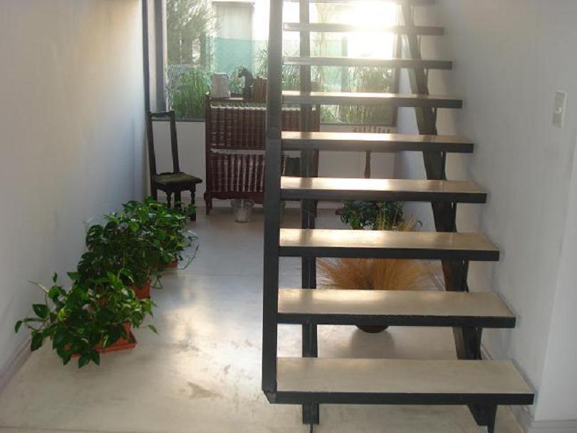 Industrial idma ingenier a y dise o maldonado escaleras for Escaleras rectas de interior